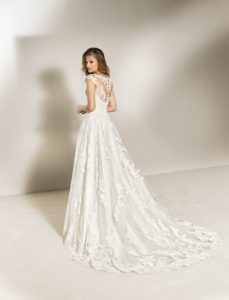 The most fashionable wedding dresses