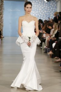 2020 wedding dresses simply with slit