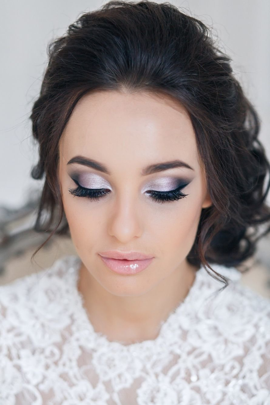 20 mistakes in wedding makeup photo