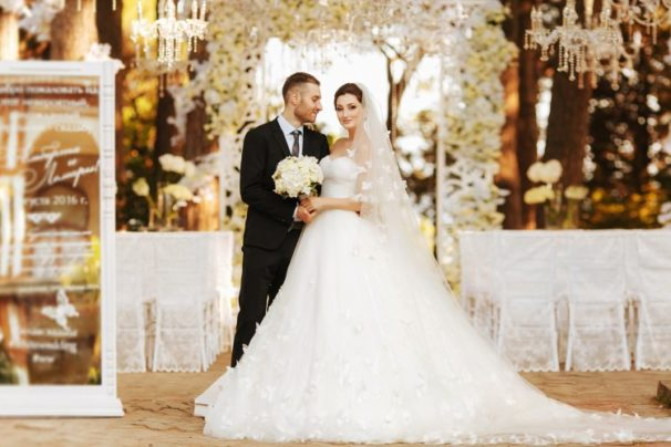 Beautiful photos of the bride and groom